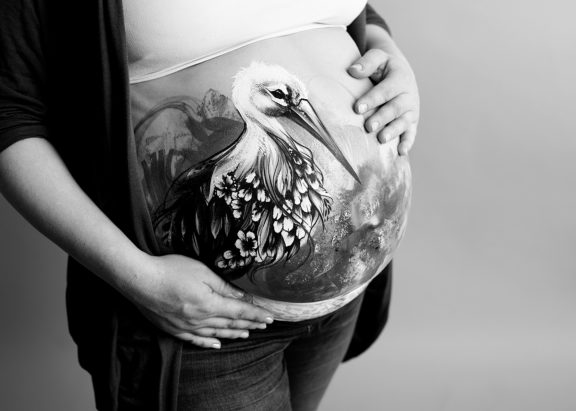 Babybauch Fotoshooting Bodypainting
